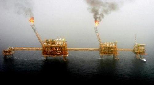 Giá dầu hôm nay tiếp tục giảm do nguồn cung không ngừng tăng - Ảnh 1