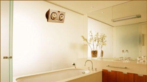 Cách dùng đèn sưởi nhà tắm hiệu quả và an toàn - Ảnh 1