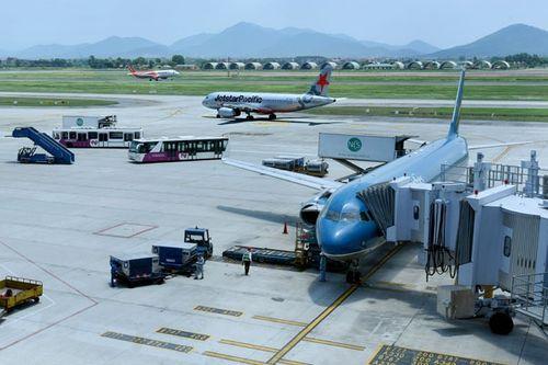 Đề xuất tăng giá dịch vụ hàng không - Ảnh 1