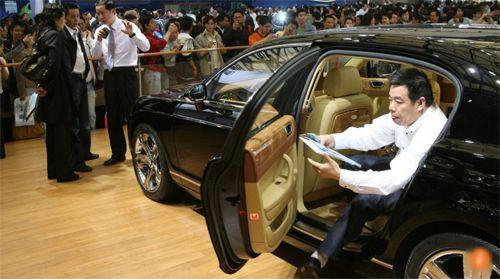"""Trung Quốc tăng 10% thuế đối với """"siêu xe"""" - Ảnh 1"""