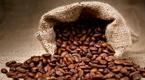 Giá cà phê xuất khẩu tăng mạnh - Ảnh 1