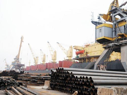 Nhập khẩu thép từ Nga tăng tới 2,421% - Ảnh 1