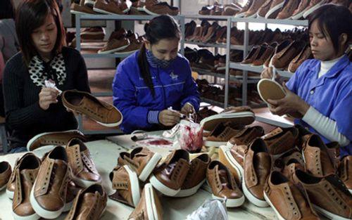 EC tiếp tục áp thuế chống bán phá giá giầy mũ da Việt Nam - Ảnh 1