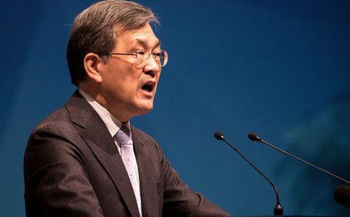 CEO Samsung Electronics đột ngột từ chức giữa tâm khủng hoảng - Ảnh 1