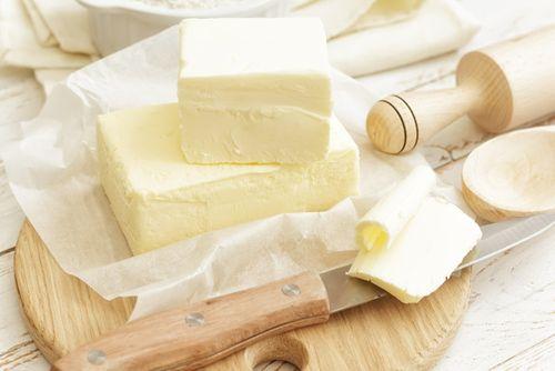 Châu Âu đối mặt khủng hoảng bơ sữa - Ảnh 1