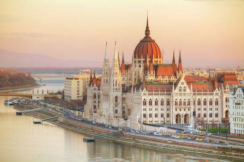 Top 5 điểm du lịch rẻ nhất châu Âu đẹp như trong cổ tích - Ảnh 5