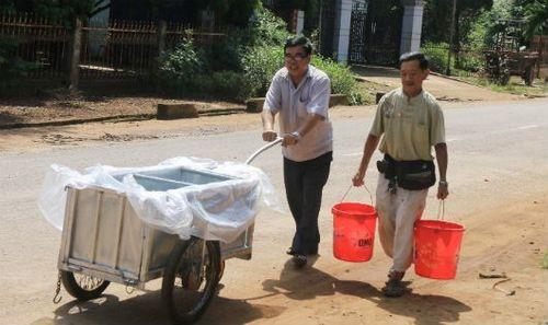 Đi tìm thủ phạm làm nước ngầm nhiễm xăng khiến người dân lao đao  - Ảnh 1
