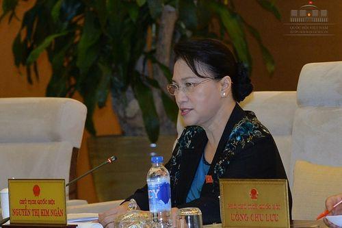 Bộ trưởng Bộ Nông nghiệp bị Chủ tịch Quốc hội nhắc nhở vì vắng họp - Ảnh 1