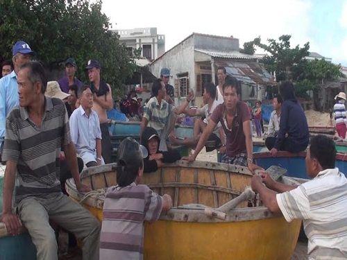 Một ngư dân Quảng Ngãi mất tích khi đi đánh cá ven bờ - Ảnh 1