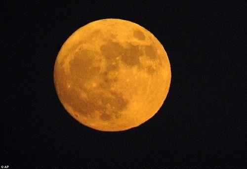 Ngắm những hình ảnh đầu tiên về siêu trăng  - Ảnh 4