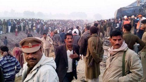 Số người chết trong tai nạn tàu hỏa ở Ấn Độ lên đến 120 người - Ảnh 2