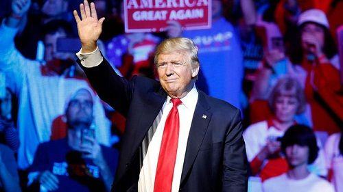 Tổng thống đắc cử Donald Trump bắt đầu chuyến đi cảm ơn cử tri Mỹ - Ảnh 1