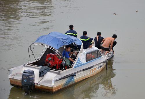 Tắm ở sông Ông Lớn, thiếu niên 15 tuổi mất tích - Ảnh 1