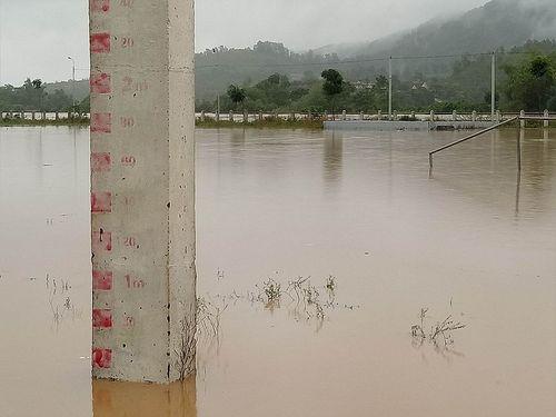 Tin lũ khẩn cấp: Cảnh báo lũ quét ở Nghệ An, Hà Tĩnh - Ảnh 1