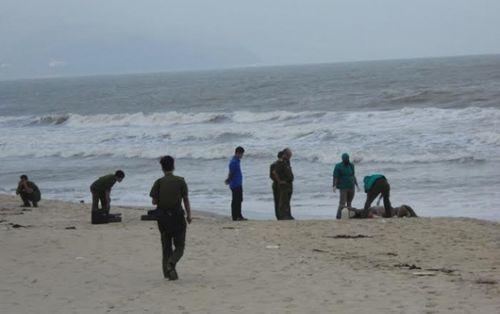 Tìm tung tích nữ nạn nhân trôi dạt vào bờ biển - Ảnh 1