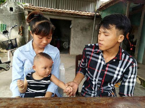 Bố mẹ nghèo hy vọng phép màu đến với con mắc bệnh tim bẩm sinh  - Ảnh 3