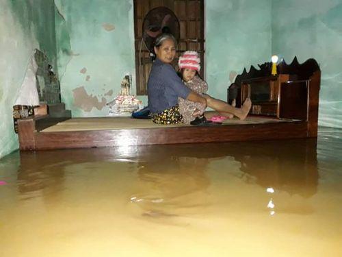14 người chết, 5 người mất tích do mưa lũ tại các tỉnh miền Trung - Ảnh 1