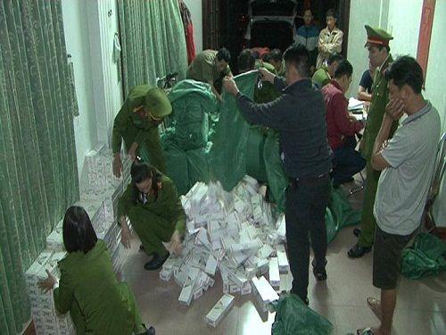 Thừa Thiên - Huế: Liên tiếp bắt giữ thuốc lá lậu và nội tạng động vật hôi thối - Ảnh 2