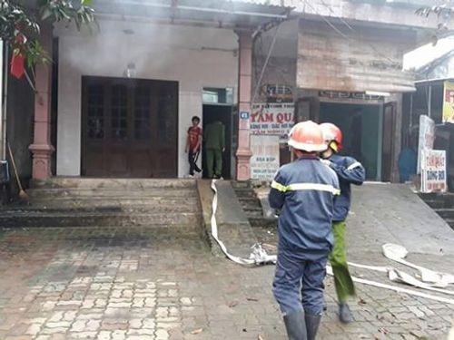 Hà Tĩnh: Cháy nhà khi làm lễ cúng ông Táo
