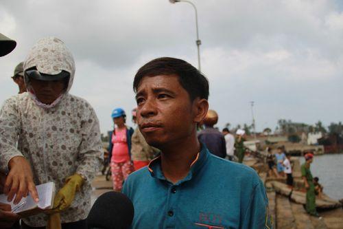 Ngư dân kể lại giây phút cứu 43 người trong vụ chìm tàu ở Quảng Trị - Ảnh 1