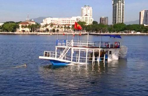 Đề nghị truy tố 4 bị can trong vụ lật tàu du lịch trên sông Hàn - Ảnh 1