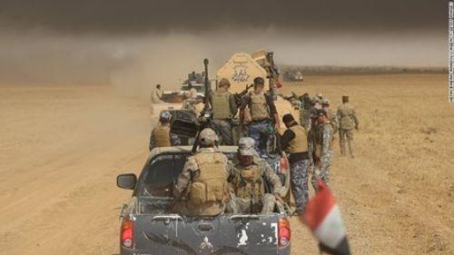 IS hành quyết gần 300 dân thường, chôn tập thể ở Mosul - Ảnh 1