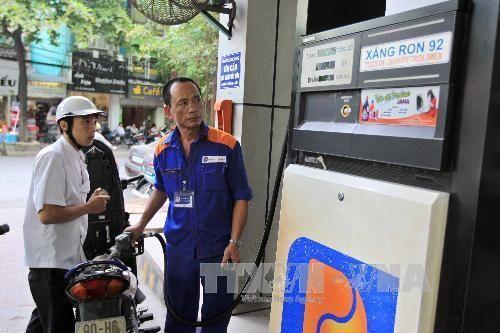 Từ 15/10, Quảng Ninh sẽ dán tem các phương tiện đo lường xăng dầu - Ảnh 1