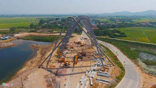 Cổng chào 200 tỷ ở Quảng Ninh lớn nhất Việt Nam - Ảnh 2