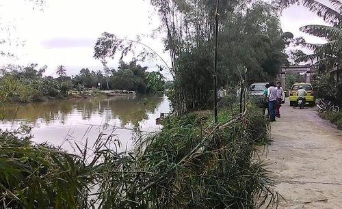 Thừa Thiên – Huế: Sạt lở nghiêm trọng bờ sông Bồ, đe dọa gần 100 hộ dân - Ảnh 3