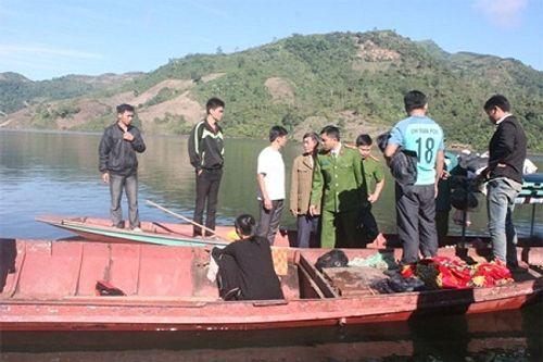 Giăng lưới tìm kiếm nạn nhân mất tích vụ lật thuyền tại Lai Châu - Ảnh 1