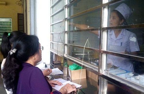 Thanh Hóa: Bảo hiểm xã hội kiểm tra đột xuất bệnh viện lúc nửa đêm - Ảnh 2