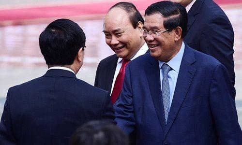 Lễ đón Thủ tướng Campuchia Hun Sen tại Hà Nội - Ảnh 5