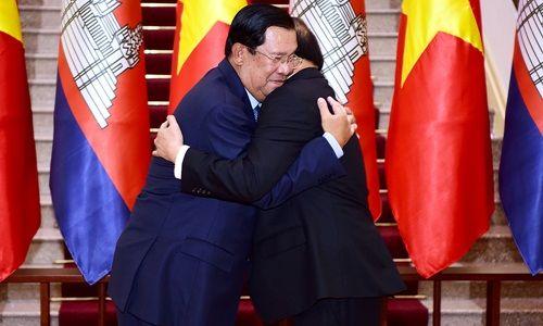 Lễ đón Thủ tướng Campuchia Hun Sen tại Hà Nội - Ảnh 8