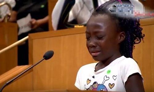 Bài phát biểu đẫm nước mắt của bé gái da đen gây chấn động dư luận - Ảnh 1
