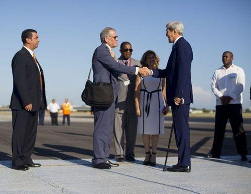 Tổng thống Obama đề cử đại sứ đầu tiên ở Cuba sau 55 năm - Ảnh 1