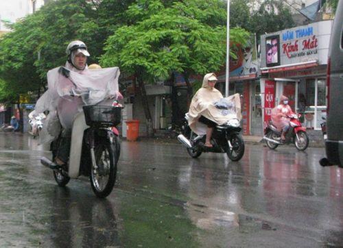 Dự báo thời tiết ngày mai 30/9: Nam Bộ mưa giảm - Ảnh 1