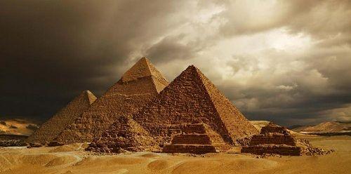 Khó tin với 4 điều thú vị về kim tự tháp Ai Cập - Ảnh 1