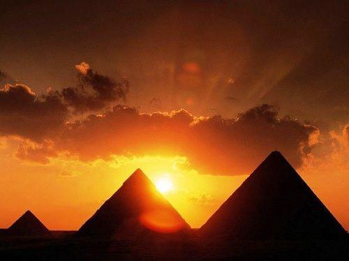 Khó tin với 4 điều thú vị về kim tự tháp Ai Cập - Ảnh 2