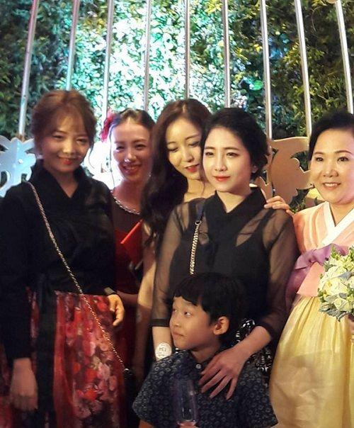 Khoảnh khắc đắt giá nhất trong đám cưới của Trấn Thành và Hari Won - Ảnh 5
