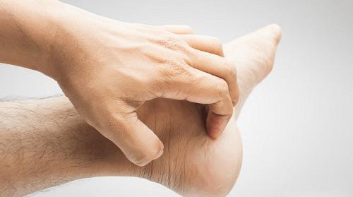 Gợi ý các cách chữa bệnh ngứa chân vào mùa đông - Ảnh 1