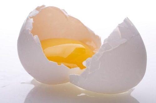 Cách làm trắng da mặt bằng lòng trắng trứng gà - Ảnh 1