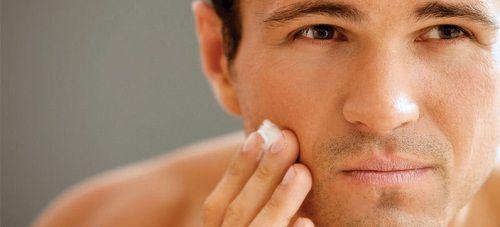 4 cách làm đẹp khuôn mặt cho nam giới cánh mày râu nên biết - Ảnh 2