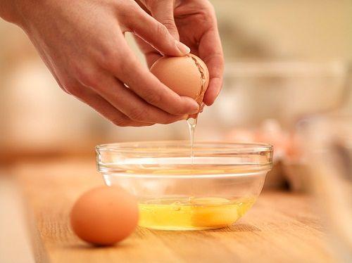 Cách làm đẹp từ lòng đỏ trứng gà, bạn đã biết chưa? - Ảnh 5