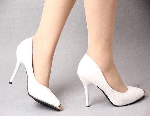 Bạn đã biết cách chọn giày cao gót phù hợp với dáng người? - Ảnh 3