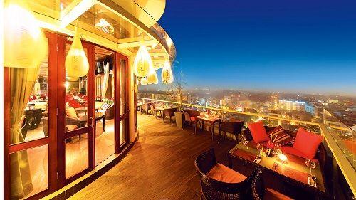 Top 10 địa điểm ăn uống lãng mạn tại Hà Nội bạn không thể không đến - Ảnh 1