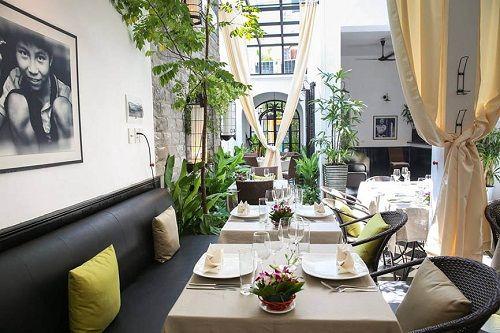 Top 10 địa điểm ăn uống lãng mạn tại Hà Nội bạn không thể không đến - Ảnh 8