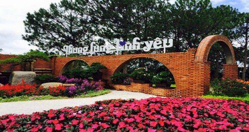 TOP 5 những địa danh nổi tiếng ở Đà Lạt có sức mê hoặc du khách nhất - Ảnh 2