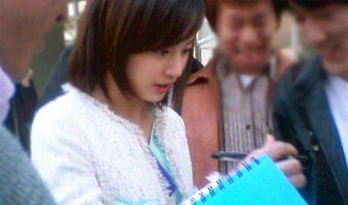 """Ngây ngất với những tấm ảnh """"ngày xưa ơi"""" của Kim Tae Hee - Ảnh 11"""