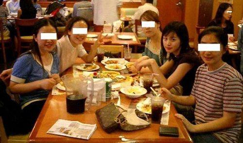 """Ngây ngất với những tấm ảnh """"ngày xưa ơi"""" của Kim Tae Hee - Ảnh 5"""