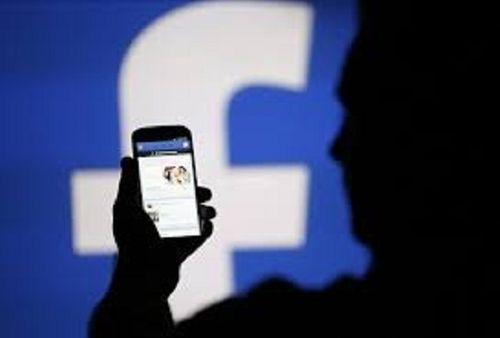 Bôi nhọ, vu khống lãnh đạo và người khác trên mạng xã hội bị xử lý thế nào? - Ảnh 1